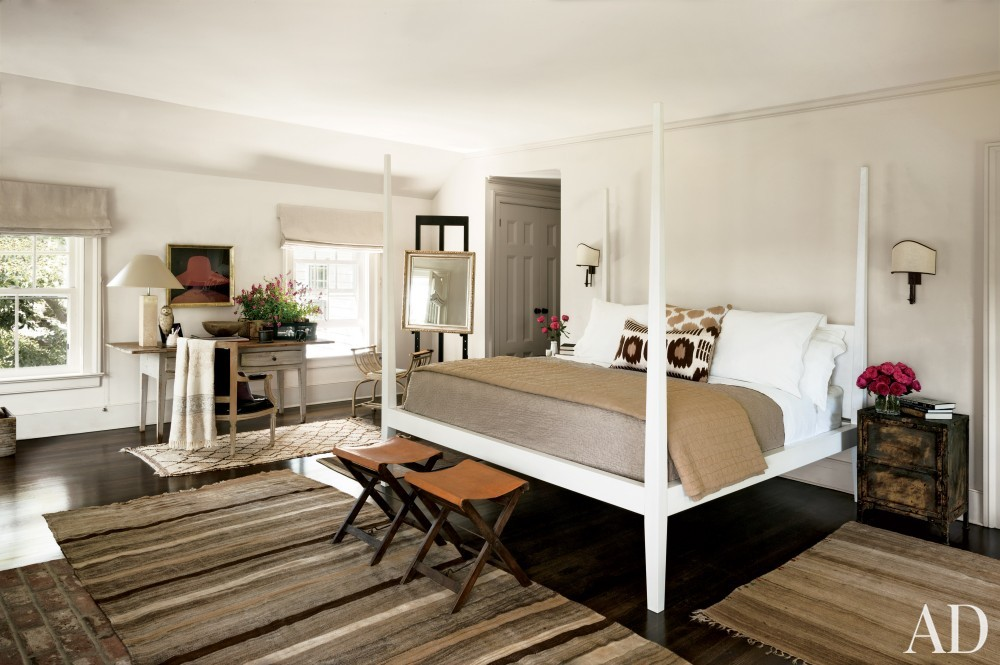 contemporary-bedroom-rebecca-bond-bridgehampton-new-york-201407.jpg_1000-watermarked