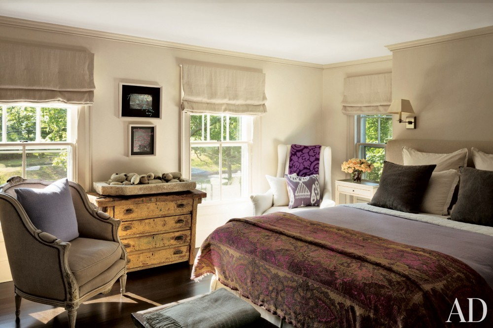 contemporary-guest-room-rebecca-bond-bridgehampton-new-york-201407.jpg_1000-watermarked
