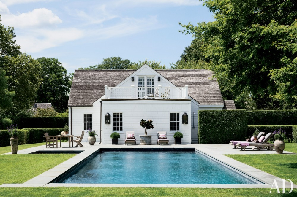 contemporary-pool-rebecca-bond-bridgehampton-new-york-201407.jpg_1000-watermarked