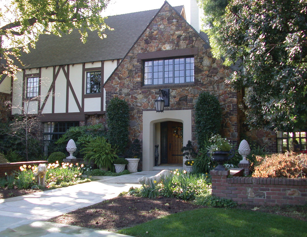 landscaping front yard tudor home