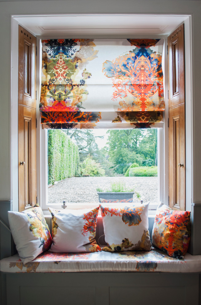 How To Brighten Up A Bad View With Window Blinds Curtains