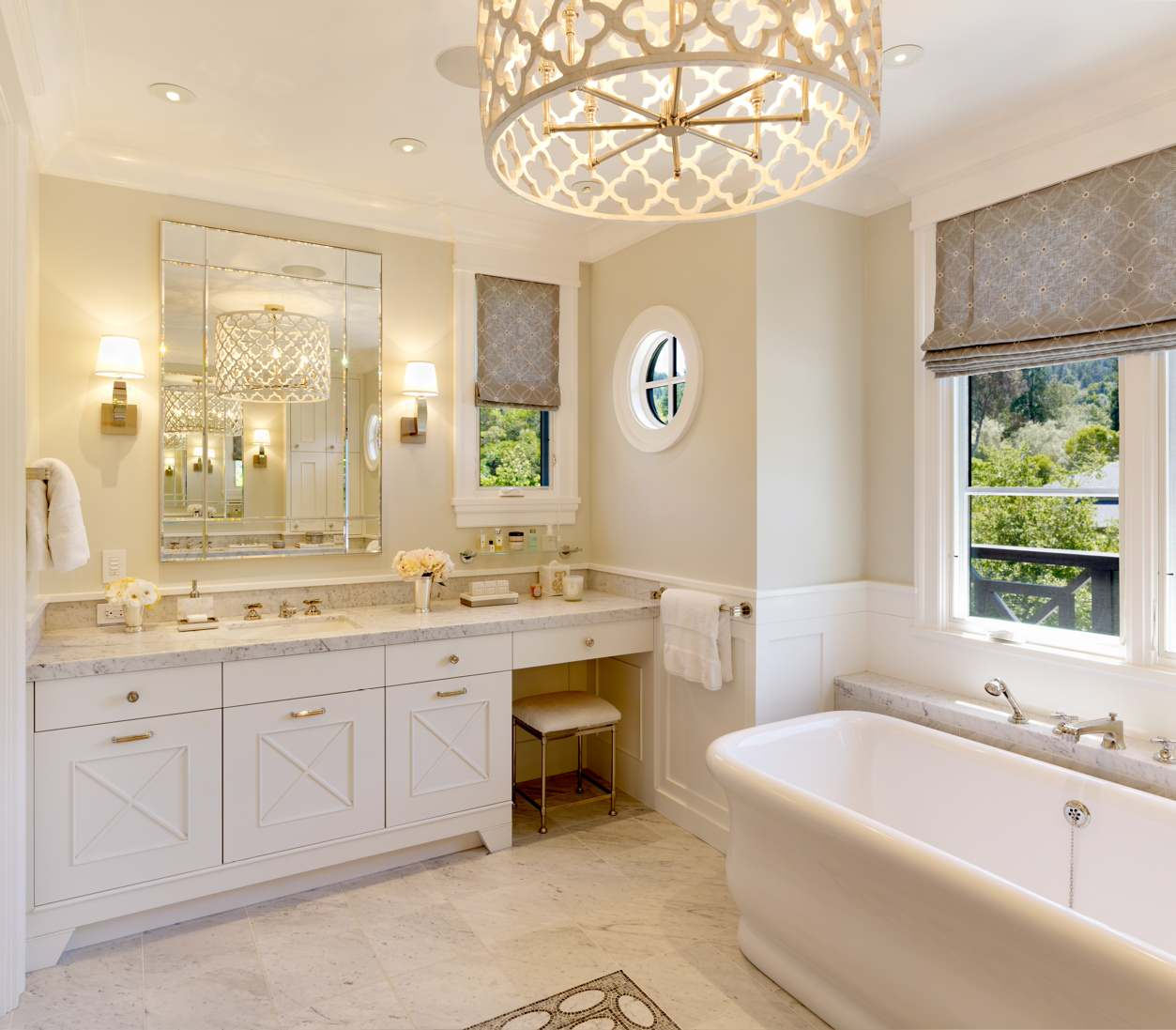 8 simple tricks to an inexpensive bathroom makeover for Master bathroom fixtures
