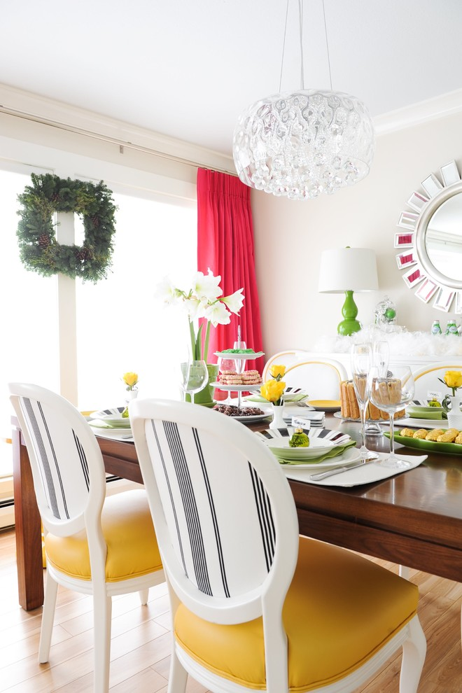 christmas dining room table decor bright