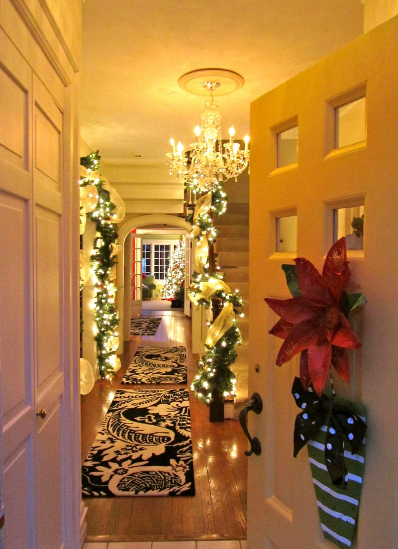 10 cozy homes you ll want to snuggle in this winter for Christmas decorations for home interior