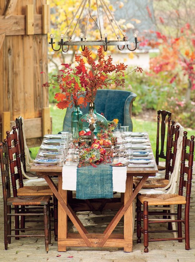 Create The Perfect Thanksgiving Dinner Outside Here S Our