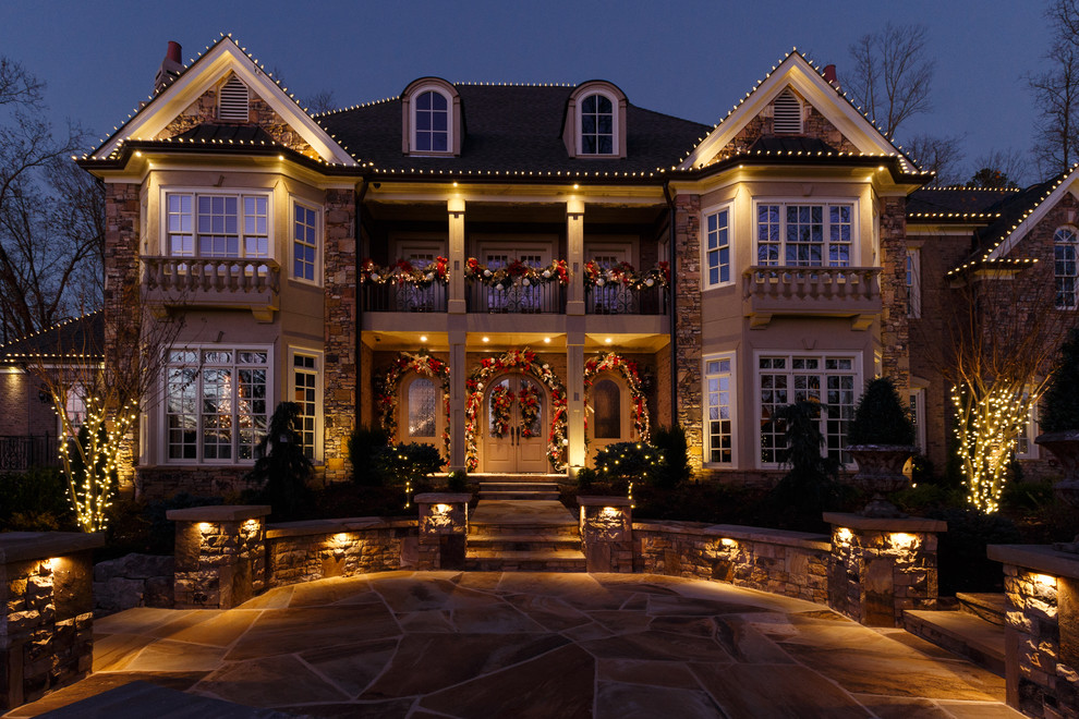 how to decorate your house with christmas lights