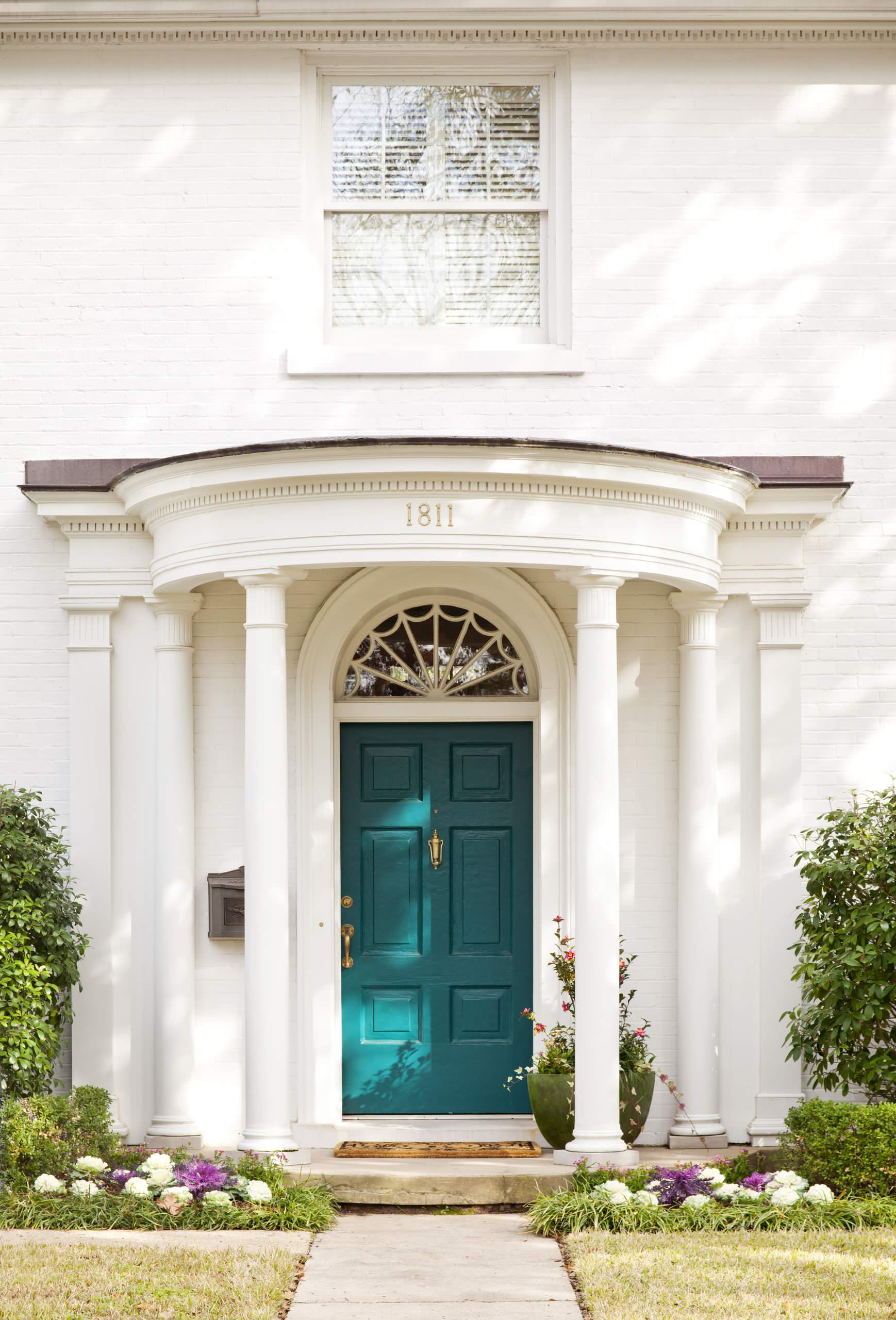 Top 4 most gorgeous home entries and how to recreate these jaw dropping looks at home - Exterior door paint color ideas property ...