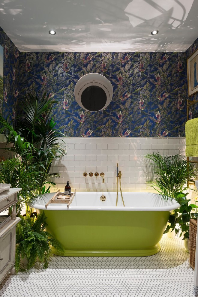 bathroom plants decorating palm tree wallpaper