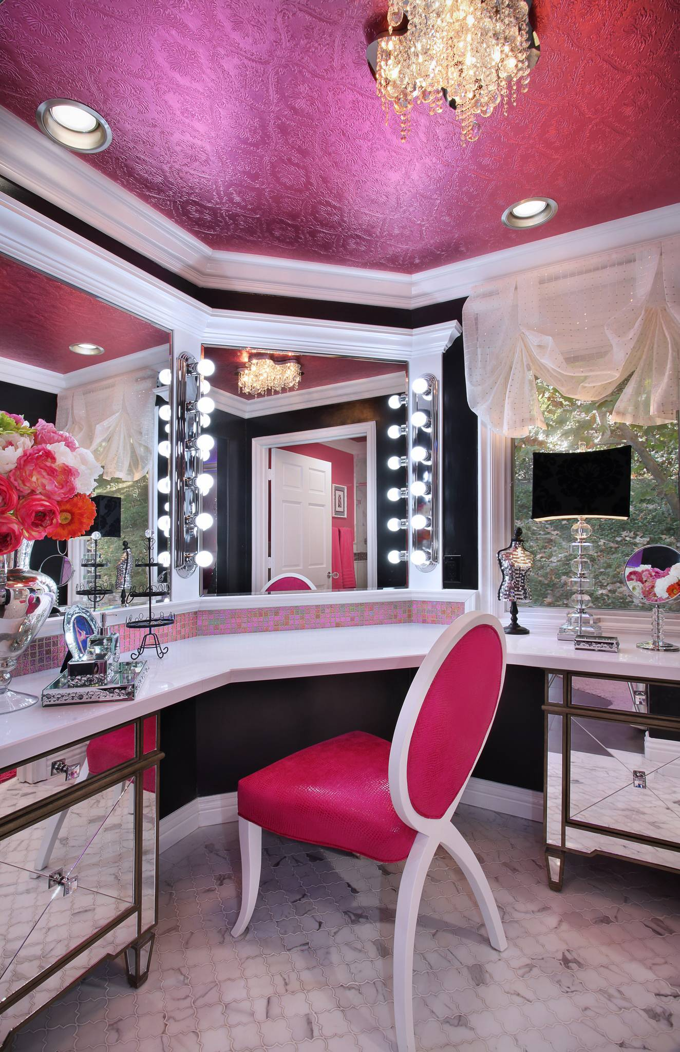 7 steps to your own kylie jenner inspired glam room Makeup room paint colors