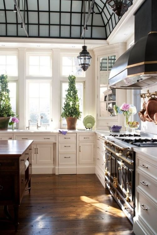 French Old World Kitchen Decor