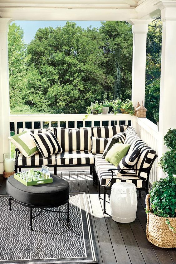 7 trendy deck decorating ideas for spring my monochrome