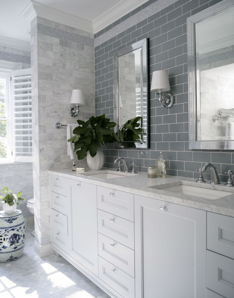 Brilliant d corating ideas to make a bland bathroom come for Grey and white bathroom decor