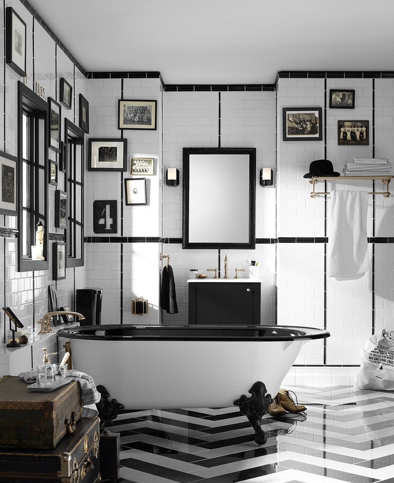 chevron monochrome black and whilte tiles decor