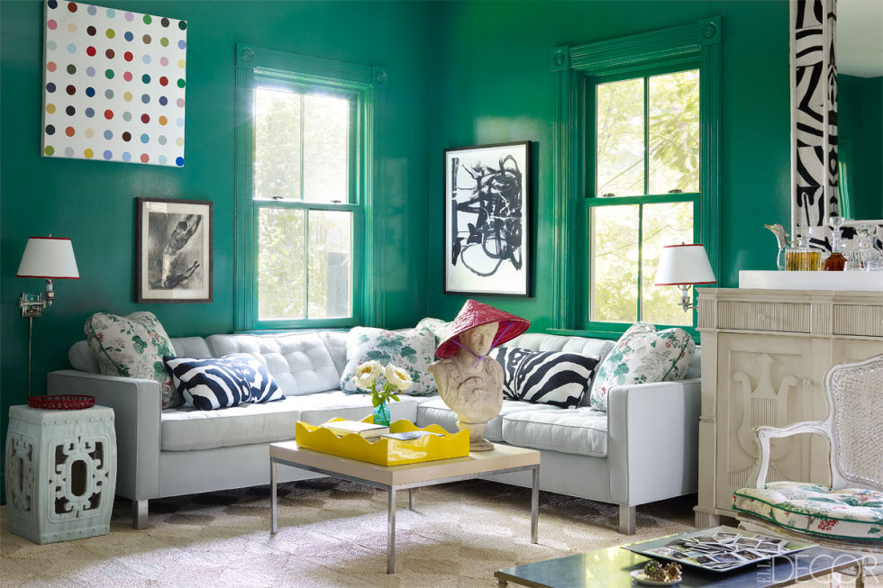 green living room malachite walls