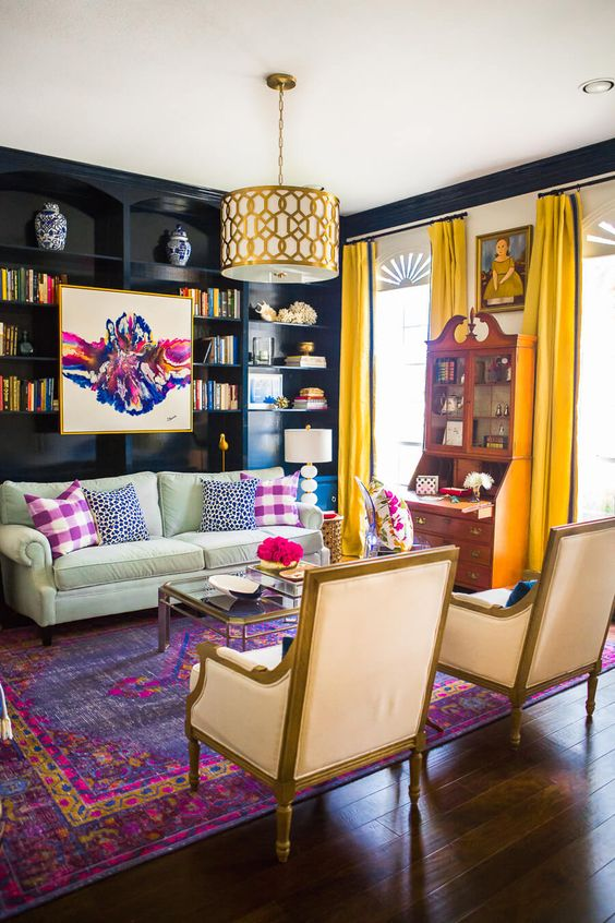 8 designer tips to decorate a comfortable and chic living for Colorful living room furniture