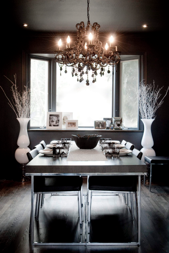 Decorating with chandeliers 10 amazing ideas to make - Black walls in dining room ...