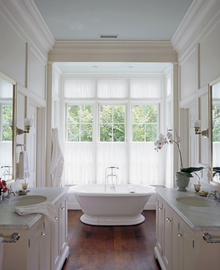 dark hardwood floors in white bathroom decorating ideas
