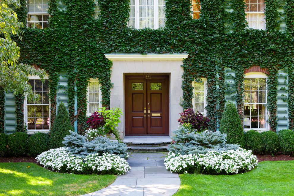 7 DIY Tips to Treat Your Lawn Right This Summer and Make ... on Backyard Entryway Ideas id=49164