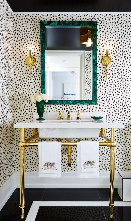 Powder rooms design tips for small bathrooms - Small powder room decorating ideas ...
