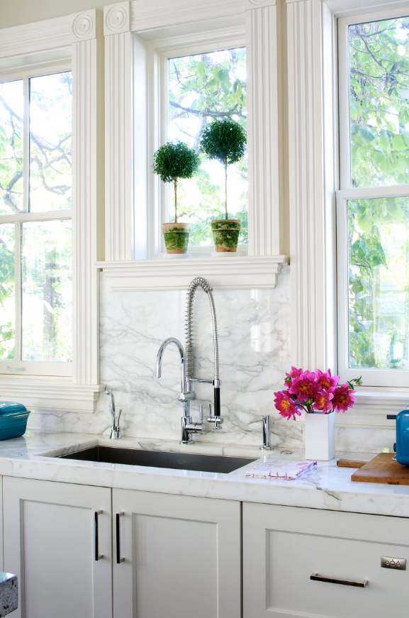 Trend Report: Take a Look at the Hottest Kitchen Faucet Trends for 20