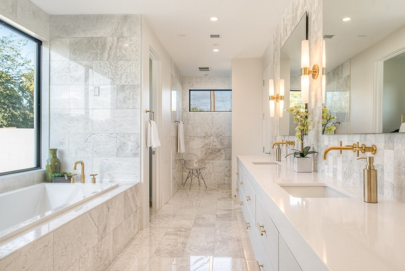 Read these home reno safety tips before you begin your for Marble master bathroom designs