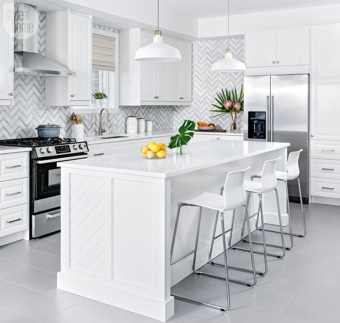 kitchen-decorating-storage-ideas-chevron-tiles