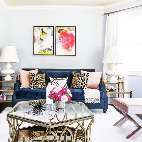 colorful-living-room-artwork-ideas-glam-leopard-glamorous