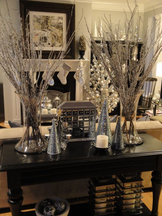 christmas-holiday-decorations-sparkly-branches-twigs-ideas