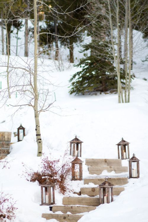 lanterns-in-winter-garden-decorating-ideas