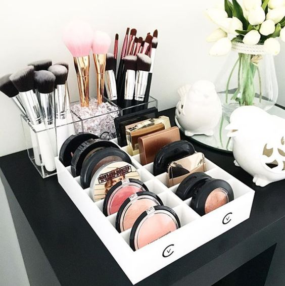 Fabulous Makeup Glam Rooms and How to Decorate Your Own ... on Makeup Room Design  id=18624