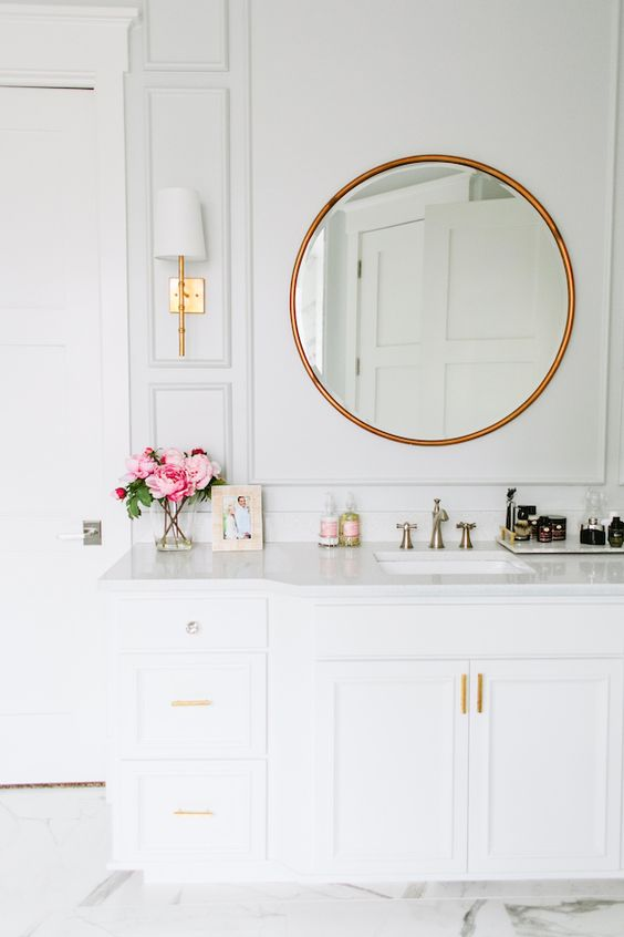 Designer bathroom decorating ideas that never fail for All white bathroom accessories