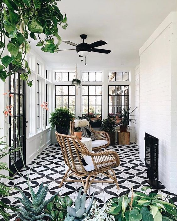"Are You In The Process of Decorating Your Sunroom"" These 4 Tips Can Definitely Help You!"