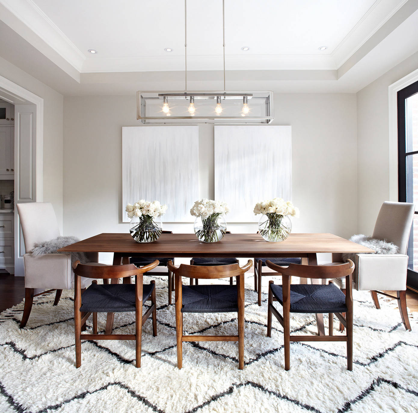 Watch out for these dining room trends for 2018 for Dining room rug ideas