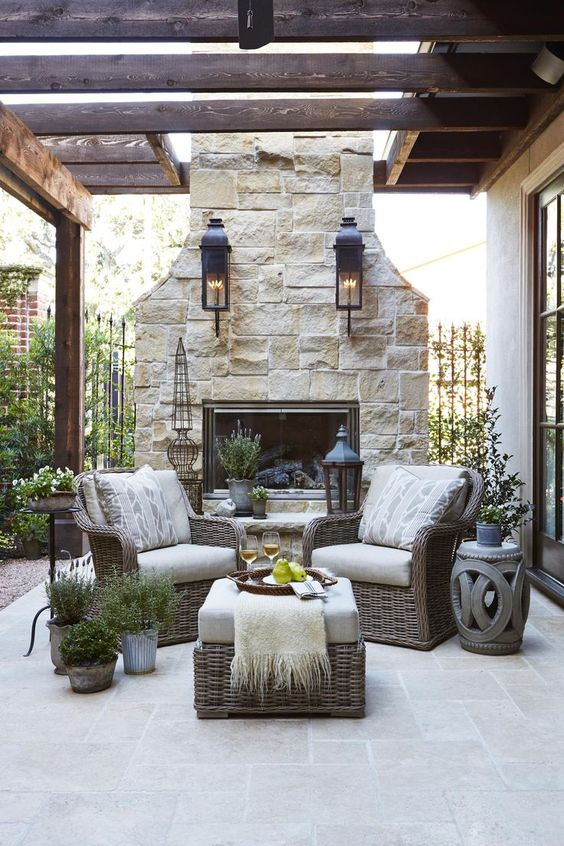 There Are Quite A Few Homeowners Who Dream Of Creating An Outside Space  That Is Comfortable Enough To Entertain Guests And Spend Time On Regularly.
