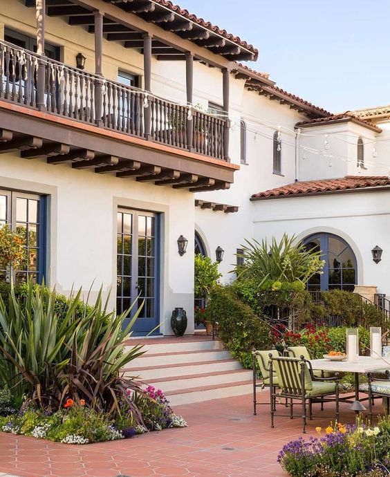 Classic Patio Ideas In Mediterranean Style: All You Need To Know About ICF Construction