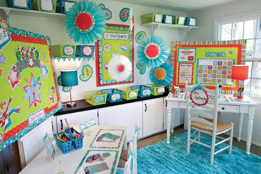 5 Tips to Updating Your Classroom with Decorating!