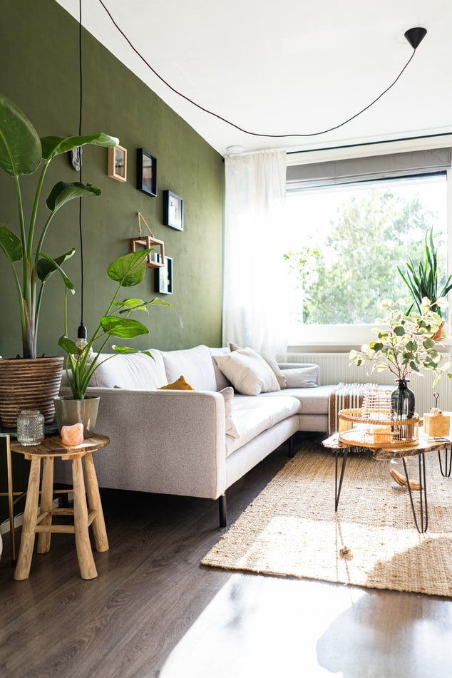 How to Do a Living Room Makeover on a Budget""