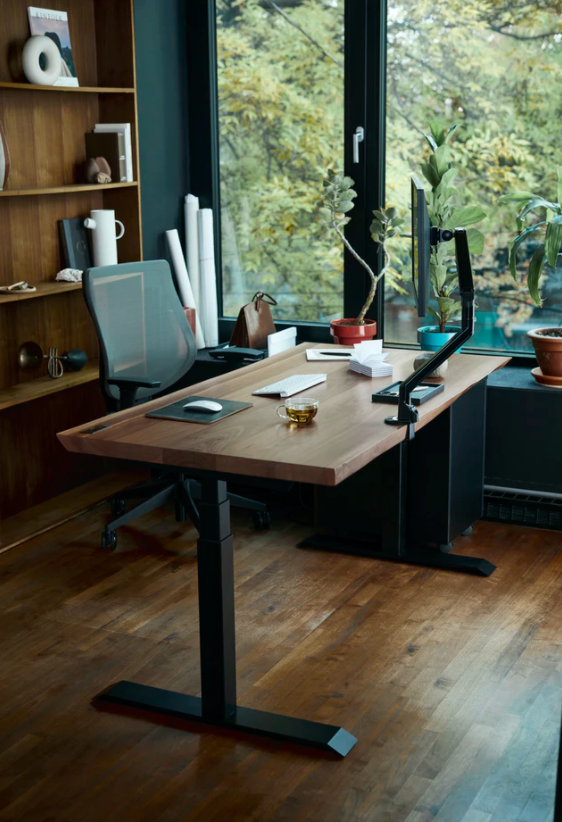 How To Tidy Up Around The Office: Ways To Make The Most Out Of Your Workspace