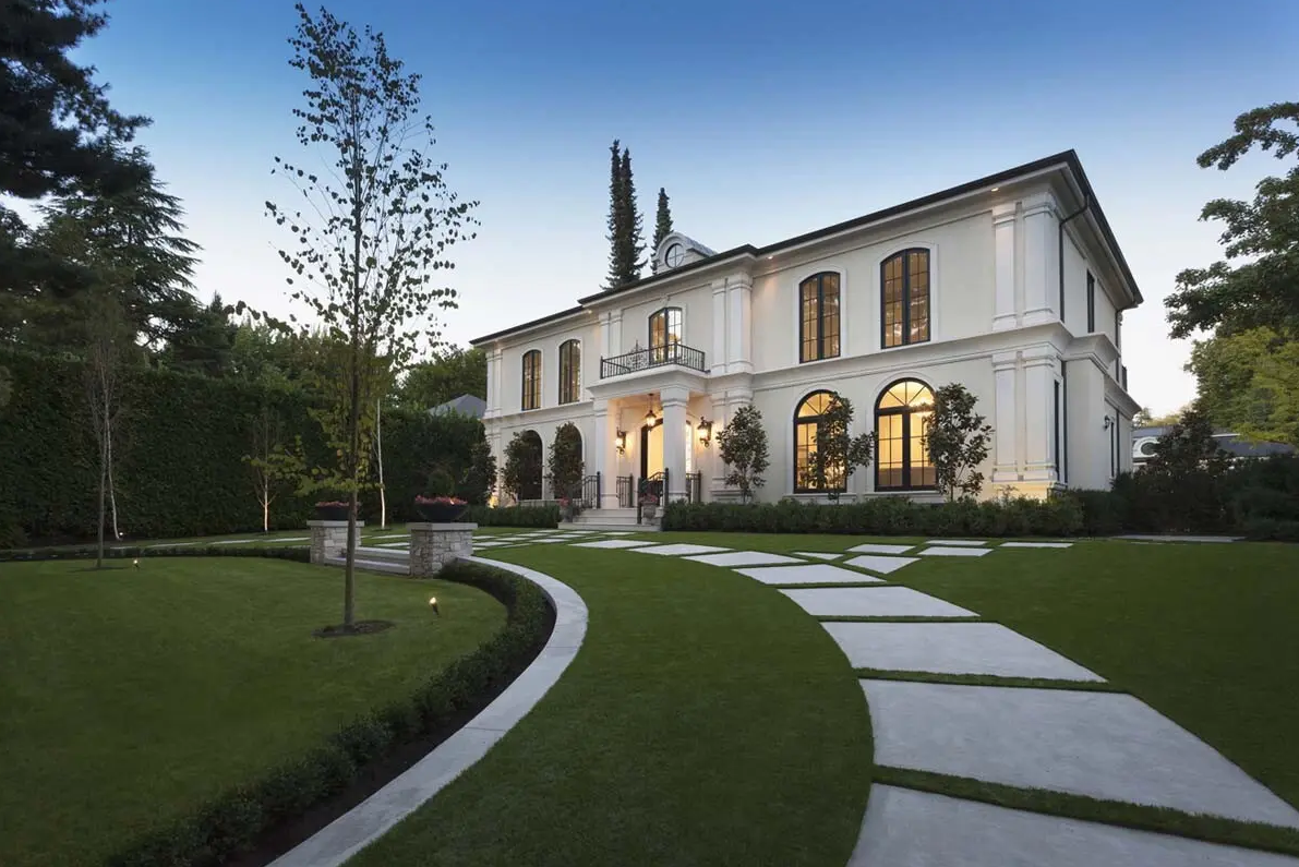 Custom Luxury Homes in Vancouver Designed by Victoreric